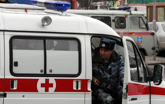 Отмечавшая 8 Марта петербурженка напала с ножом на сына