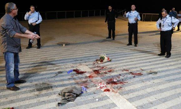 Палестинец с ножом ранил двоих россиян в израильской Яффе