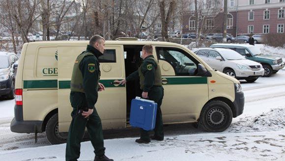 В столице преступники ограбили инкассаторов, инсценировав ДТП