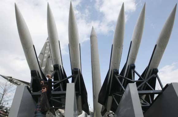 КНДР произвела успешный запуск двух баллистических ракет