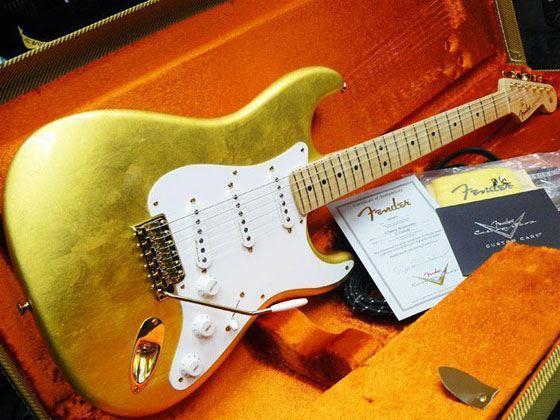 9 место – Fender Gold Leaf Stratocaster Эрика Клэптона