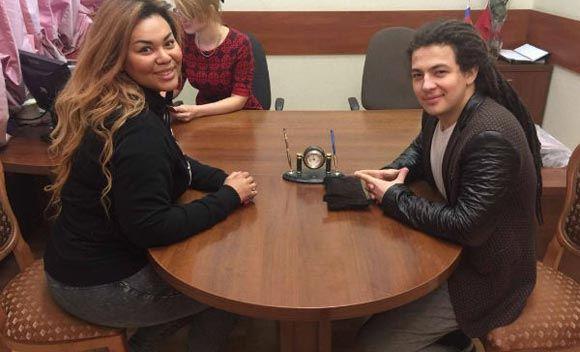 Корнелия Манго с женихом подали заявление в загс