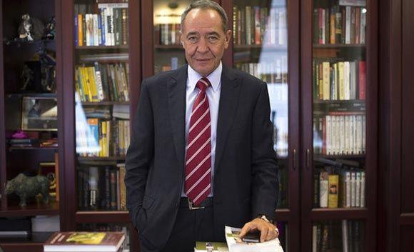 Экс-министр печати Лесин скончался от ударов по голове