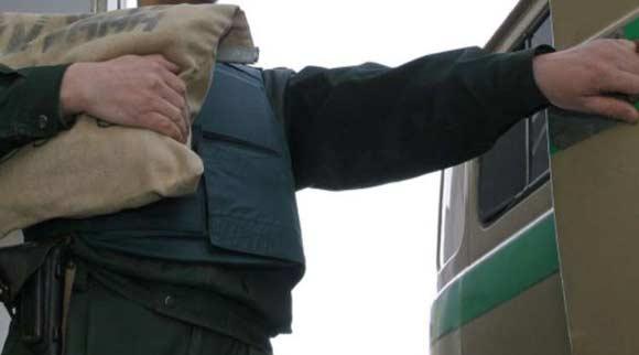 Грабители отобрали у московских инкассаторов около 8 миллионов рублей