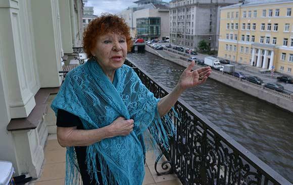 Нина Николаевна Ургант отказалась бойкотировать любимого внука