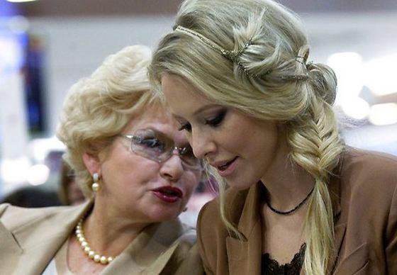 Нарусова с дочерью - Ксенией Собчак