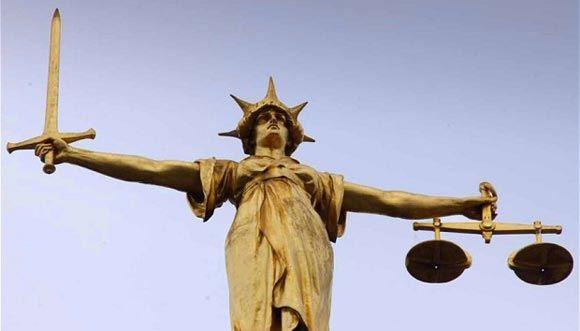 В Британии полицейского из отдела по борьбе с педофилами судят за педофилию