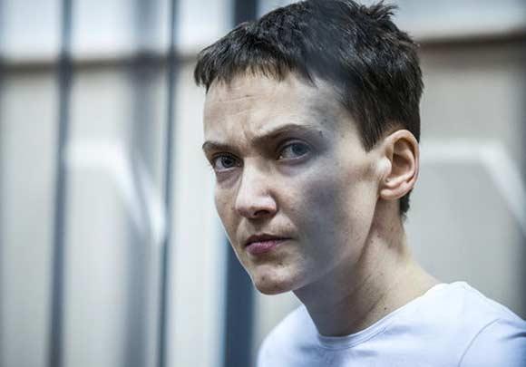 Савченко доставили в суд, где огласят ее наказание