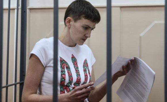 С Надежды Савченко сняли часть обвинений