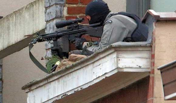 СМИ: силовикам удалось нейтрализовать террориста в Брюсселе