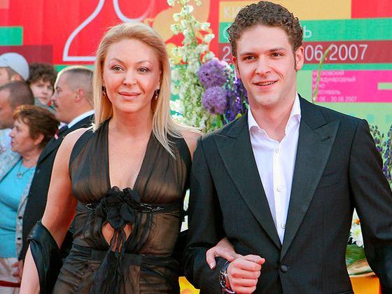 Konstantin Kryukov with his mother Alena Bondarchuk