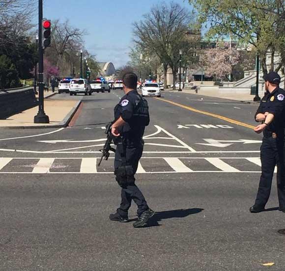 Милиция: стрельба вКапитолии— рядовое правонарушение