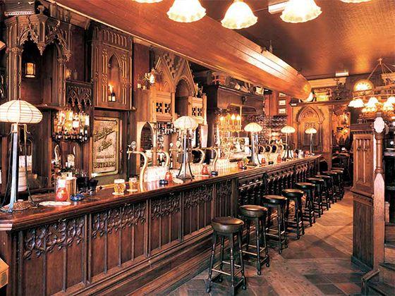 Выбор мебели для баров стоит самого пристального внимания