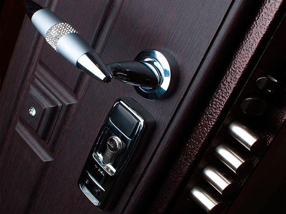 Как попасть в квартиру без помощи ключа