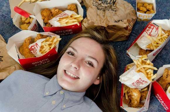 Боявшаяся здоровой еды британка в течение трех лет ела только фастфуд