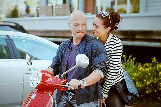 "Martha Nosova and Nikita Panfilov in the series ""Sweet Life"""