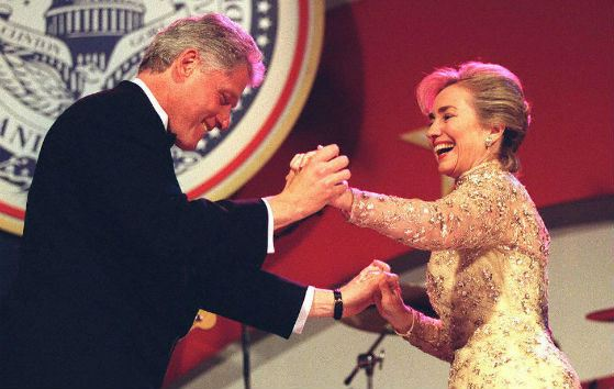 Хиллари встала на сторону мужа, обвинив Монику в клевете