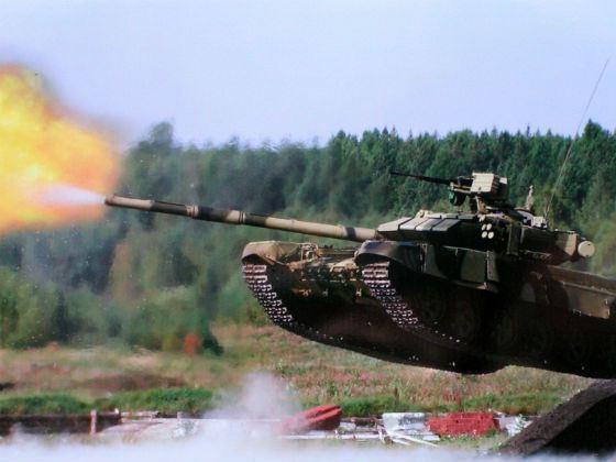 Завораживающая мощь танка Т-90