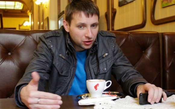 В Киеве неизвестные бросили гранату в автомобиль депутата Парасюка