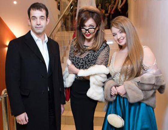 Дмитрий Певцов, Ольга Дроздова со своей крестной дочерью