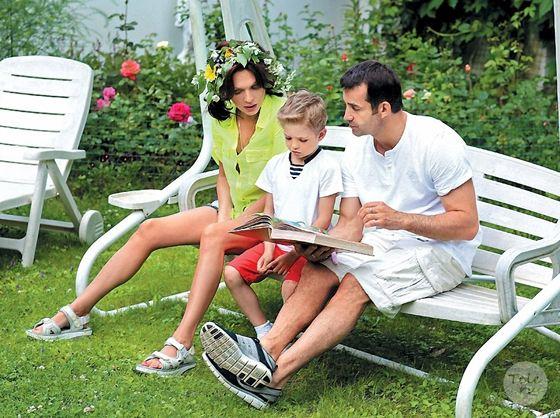 Ольга и Дмитрий с сыном Елисеем