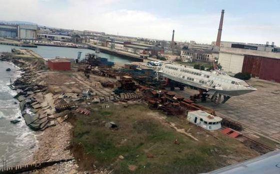Феодосийский морской завод находится в плачевном состоянии