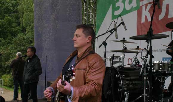 Басист «Любэ» Павел Усанов был жестоко избит в Дмитрове
