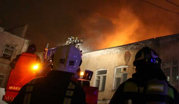 В исправительной колонии на Урале загорелся барак