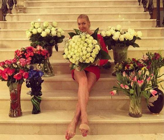 Анастасия Волочкова дома после премьеры