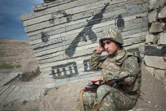Армения не верит в намерения Азербайджана прекратить огонь в Нагорном Карабахе