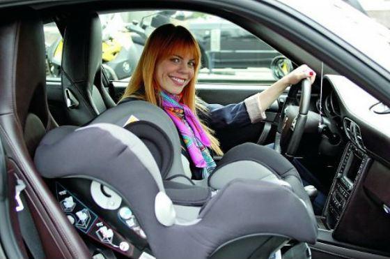 Все заботливые мамы используют автокресла