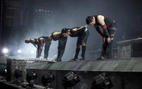 Rammstein подали в суд на Германию из-за временно запрещенного альбома