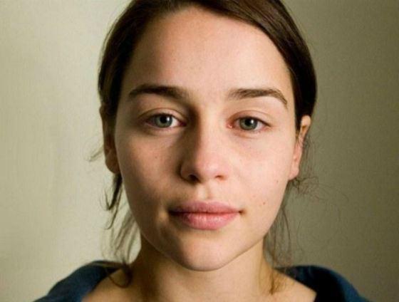 Даже без макияжа Эмилия Кларк обворожительна