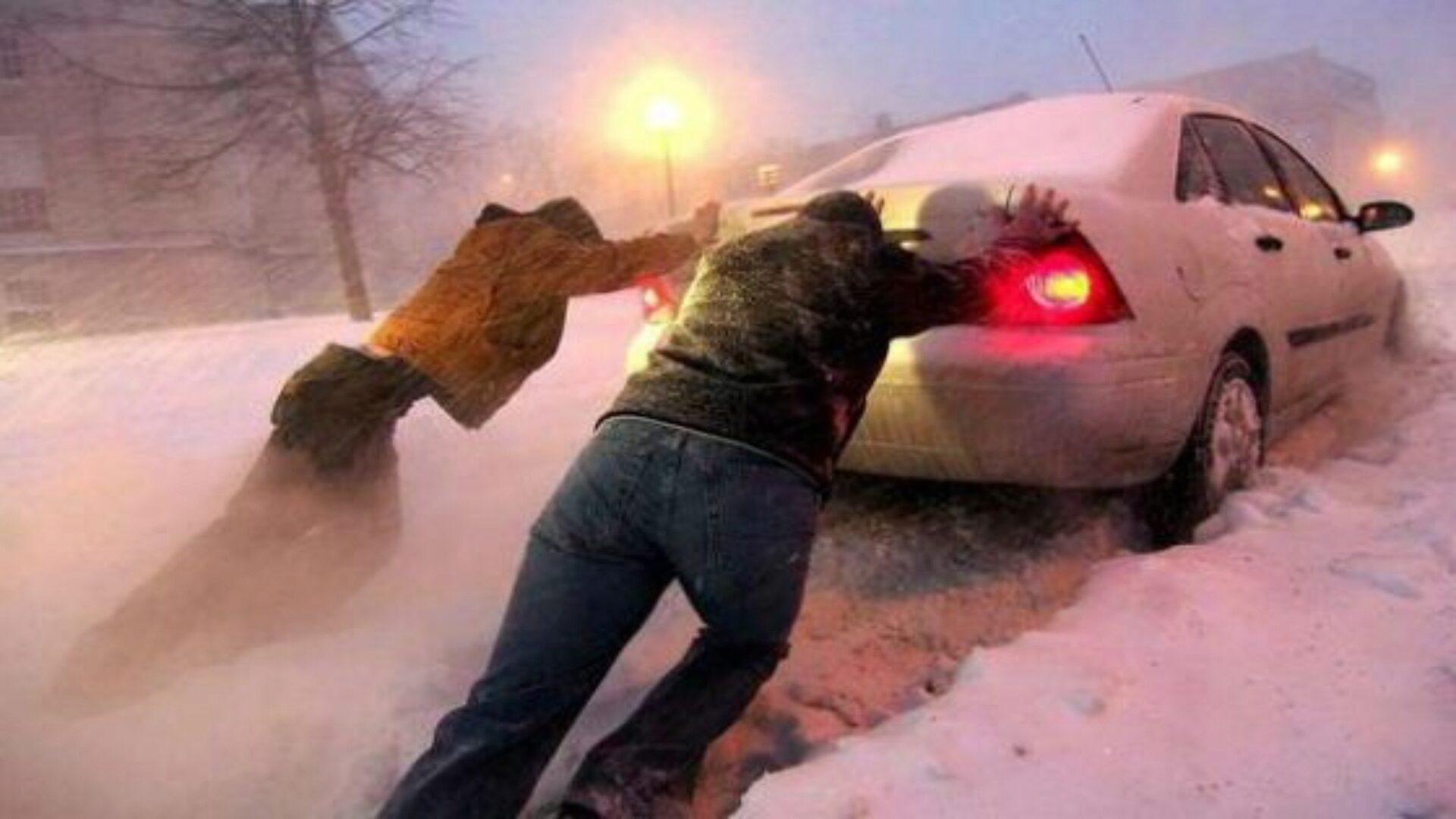 Зимой машины часто не хотят заводиться