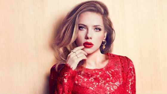 Charming Scarlett Johansson, an actress, singer, and model