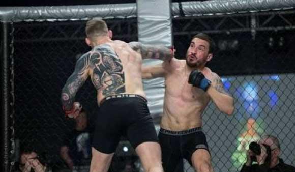 28-летний боец MMA умер вскоре после проигранного боя