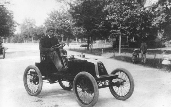 Луи Рено испытывает Renault Type E