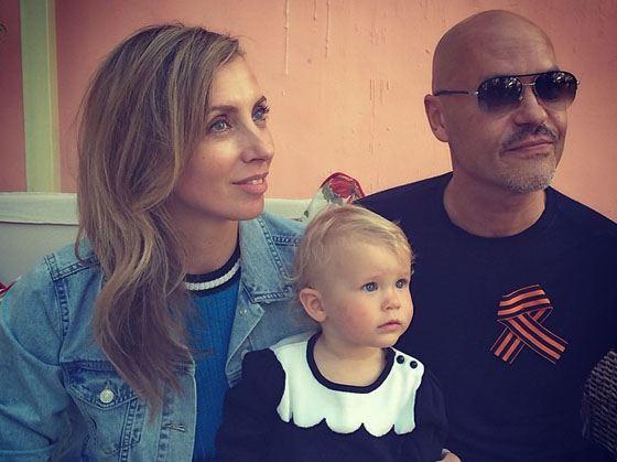 Светлана и Федор с внучкой