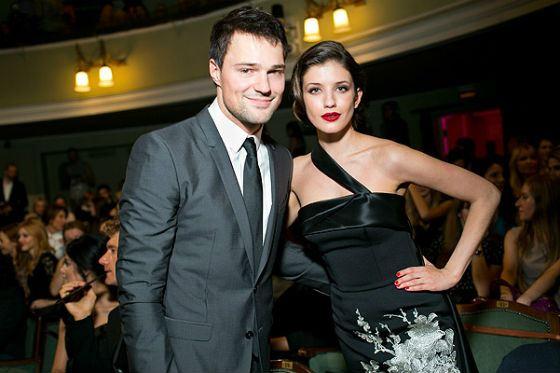 Козловский и его девушка фото