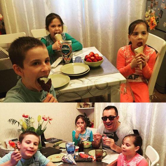 Александр Буйнов с внуками