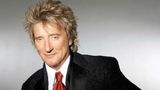 The largest number of spectators at the concert gathered Rod Stewart