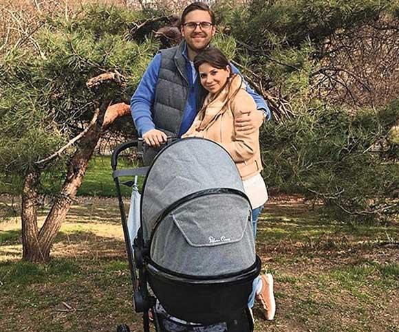 Галя Юдашкина с мужем и сыном Анатолием