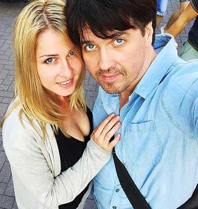 Денис Матросов и его возлюбленная ждут ребенка