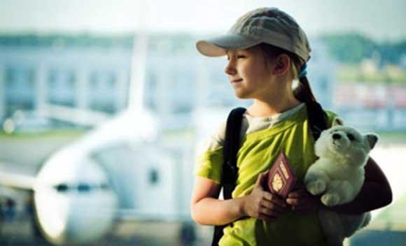 Мать улетевшей в Питер пятиклассницы могут оштрафовать
