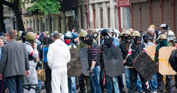 В результате столкновений в Одессе 2 мая 2014 года погибли 48 человек