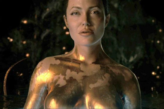"""""""Beowulf"""": Angelina played Grendel's mother"""