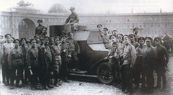 Дворцовая площадь, 1917 год