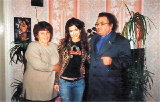 Ани Лорак с родителями