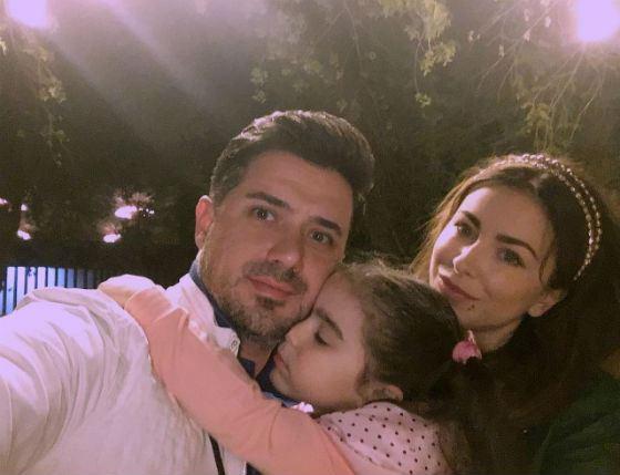 Ани Лорак с мужем и ребенком