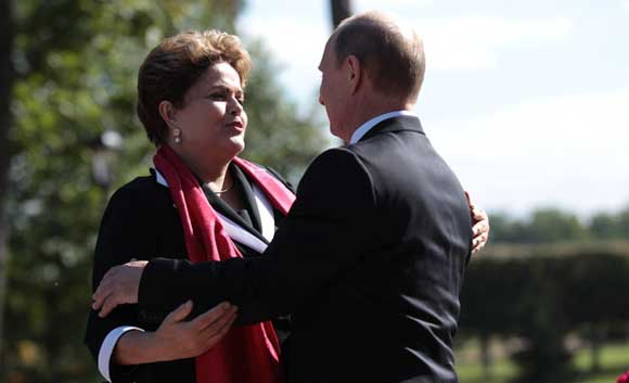 Президент Бразилии Русеф и Владимир Путин на саммите G20
